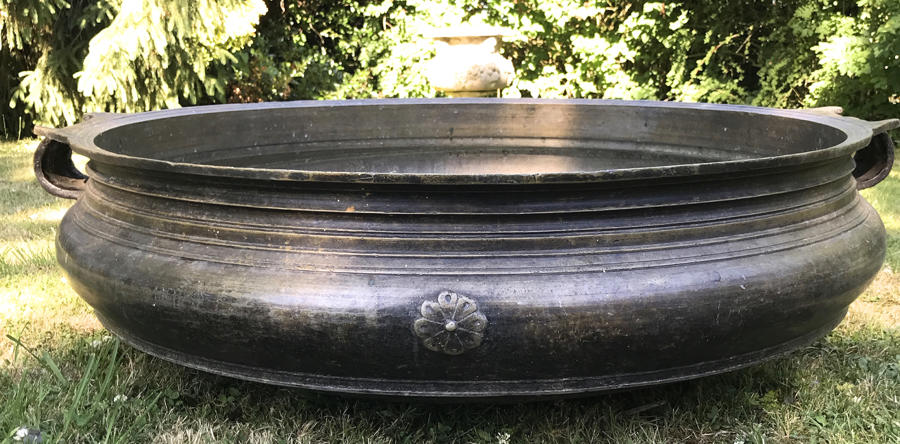 LARGE 19TH CENTURY BRONZE INDIAN URLI TEMPLE BOWL