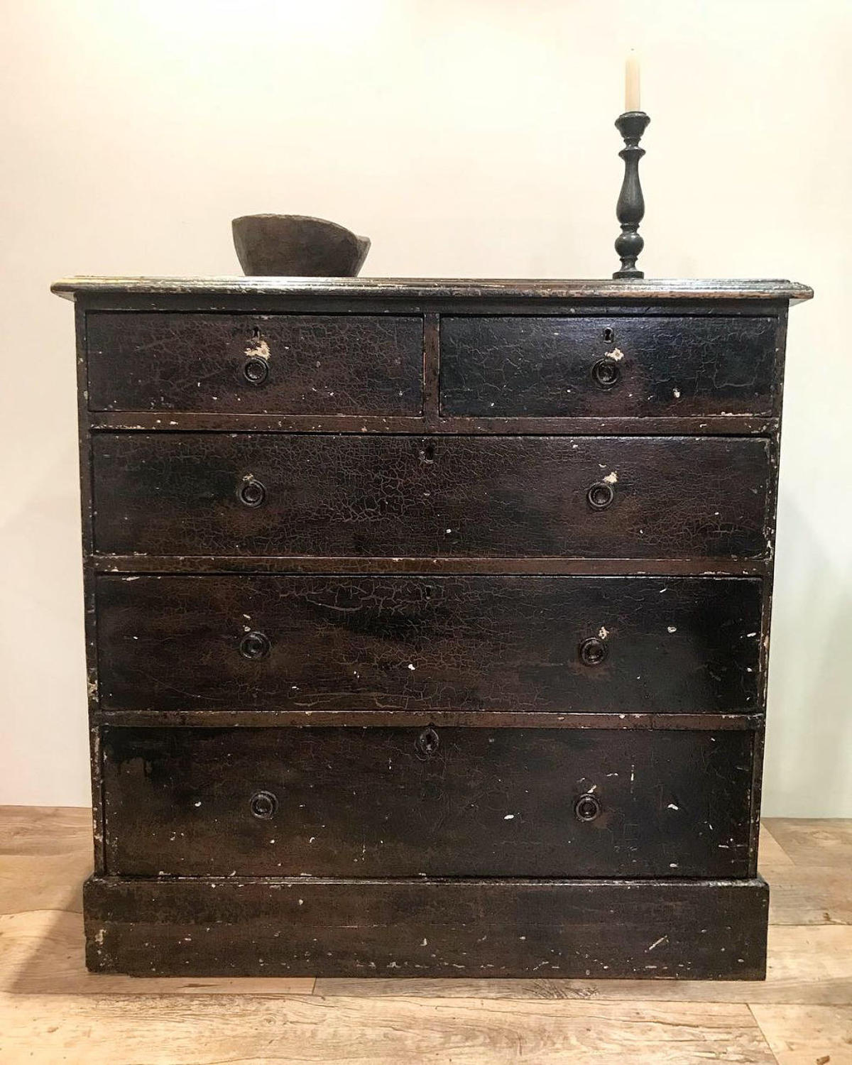 ORIGINAL PAINTED GEORGIAN CHEST OF DRAWERS