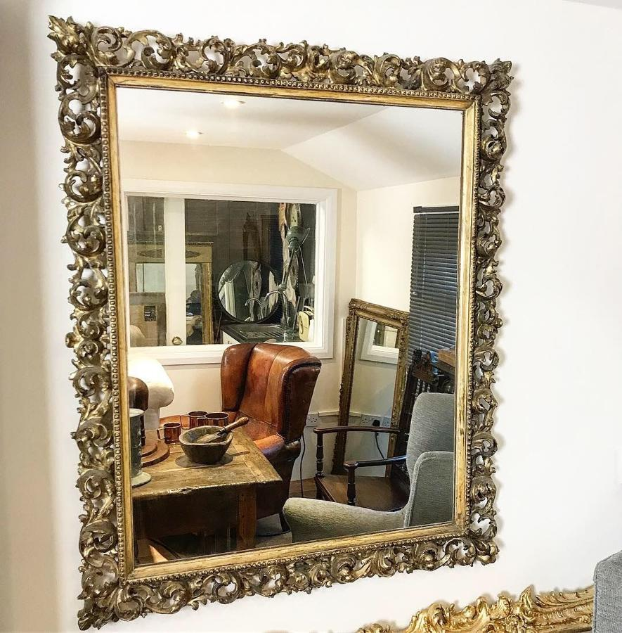 LARGE ITALIAN FLORENTINE GILT WOOD MIRROR