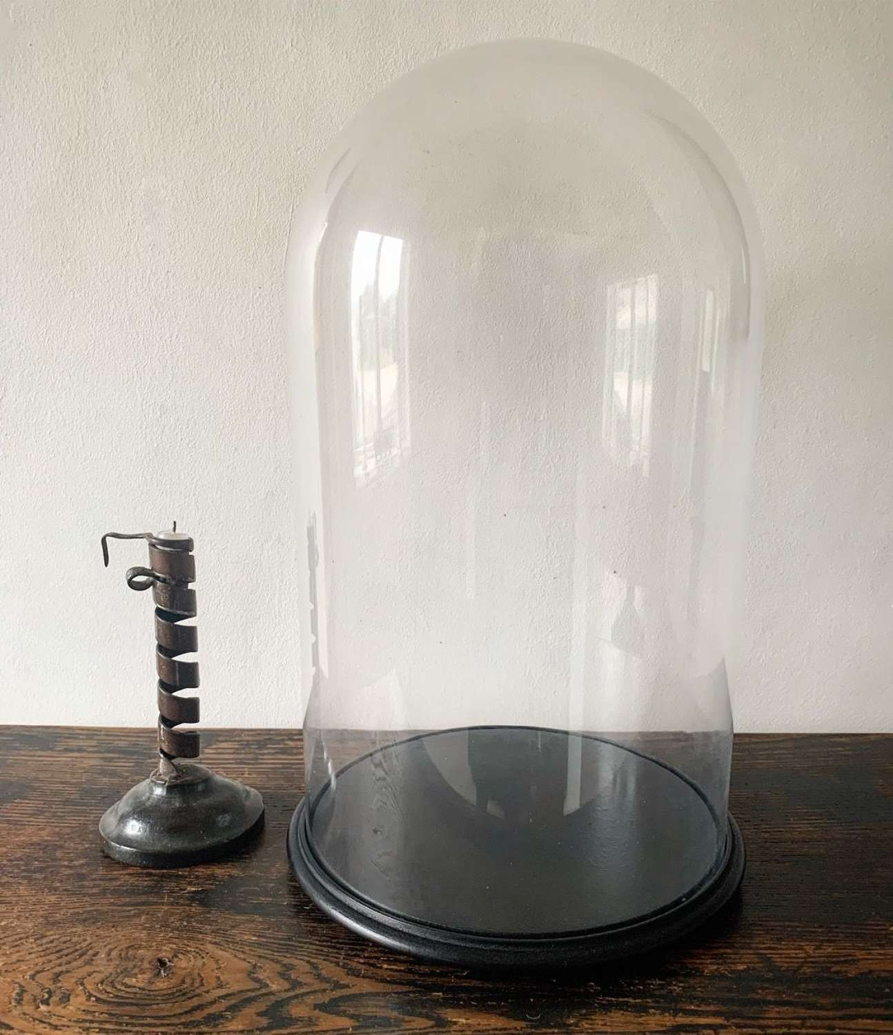 LARGE VICTORIAN DISPLAY DOME
