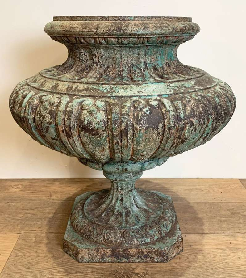 LARGE 19TH CENTURY FRENCH CAST IRON URN