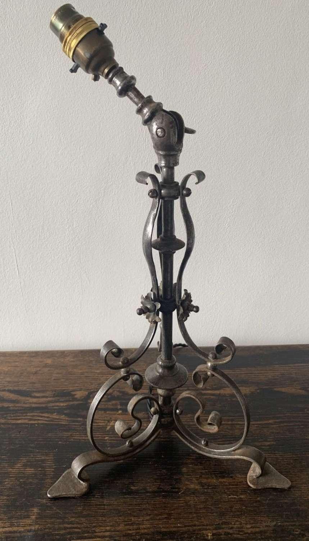 ART NOUVEAU PULLMAN LAMP