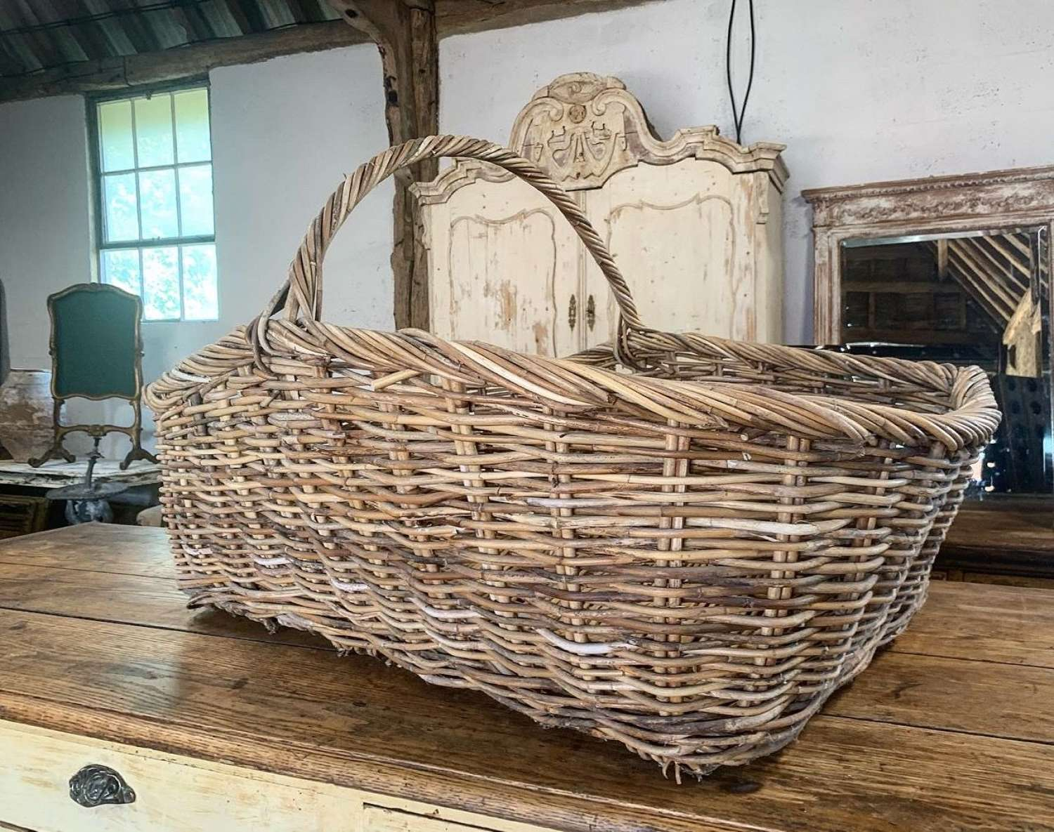 LARGE WICKER FLOWER BASKET
