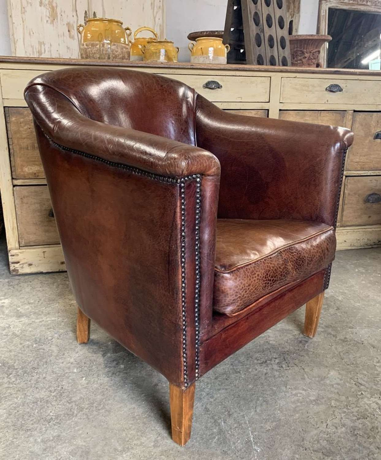 DUTCH LEATHER CLUB CHAIR