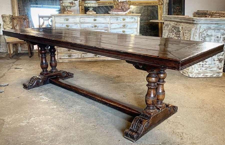 18TH CENTURY WALNUT MONASTERY TABLE