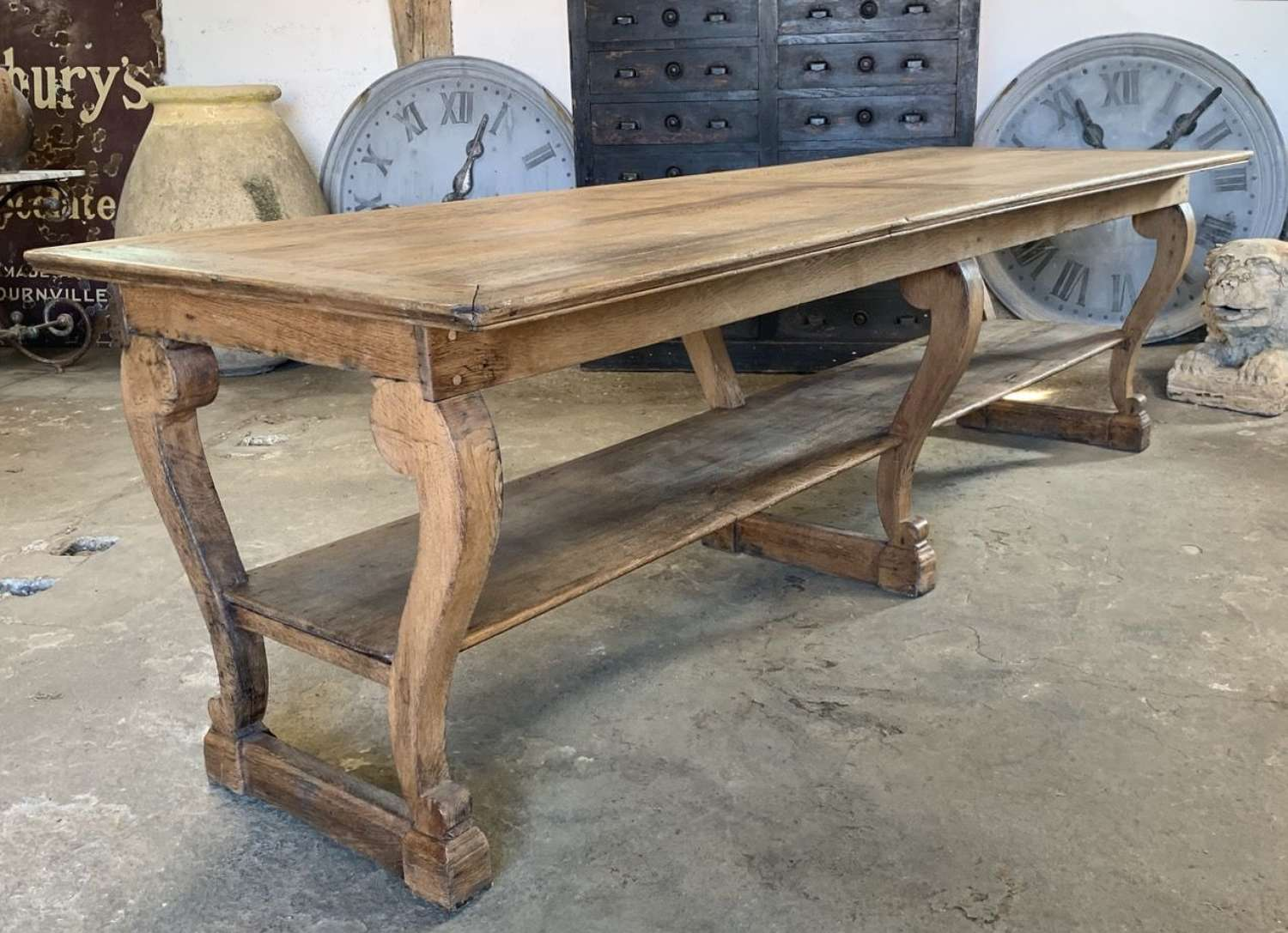 LARGE 19TH CENTURY BLEACHED OAK DRAPERS TABLE